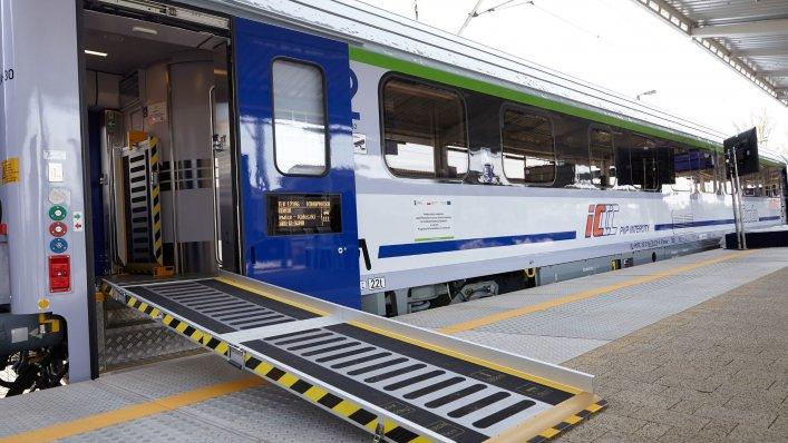 Czterdzieści wagonów COMBO gotowych do podróży