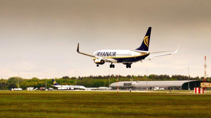Dodatkowe loty Ryanair z lotniska Warszawa Modlin