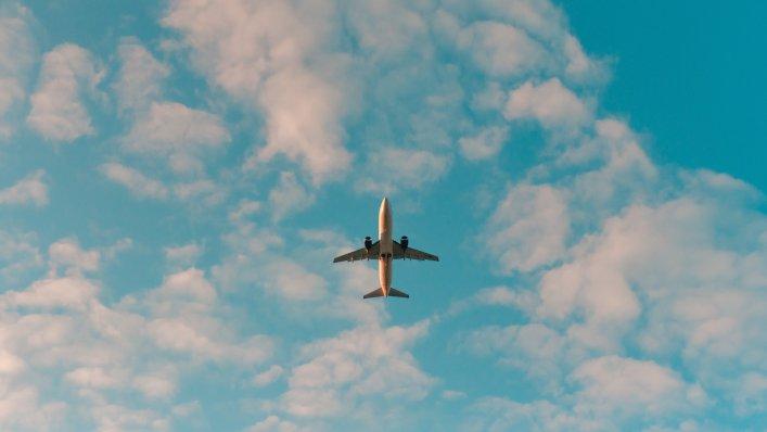 Duża liczba lotów z Poznania