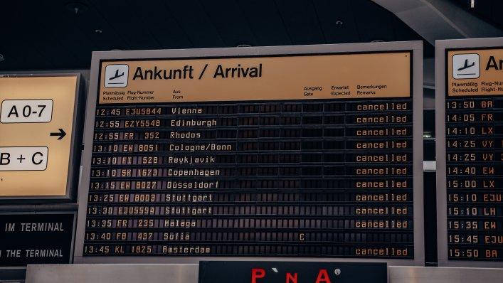Letni rozkład lotów z lotniska BER