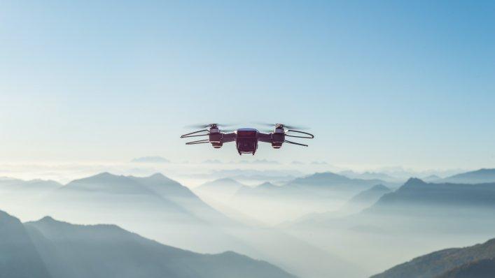Planowane zmiany przepisów dla operatorów dronów