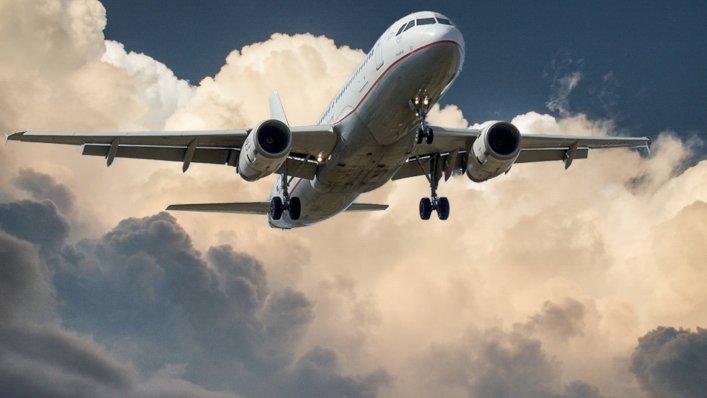 Podsumowanie w transporcie lotniczym – I kwartał 2021