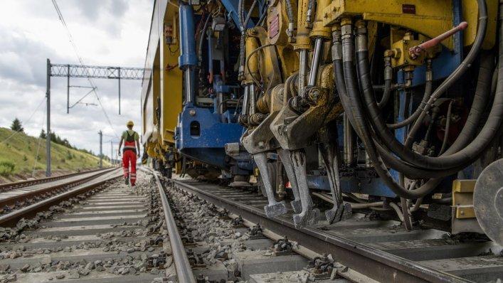 Prace rozwojowe linii kolejowych - zrealizowano 60% programu