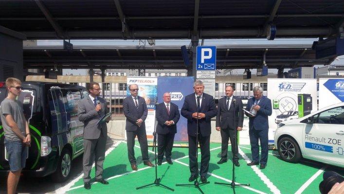 Stacja ładowania elektrycznego w Bydgoszczy już działa!
