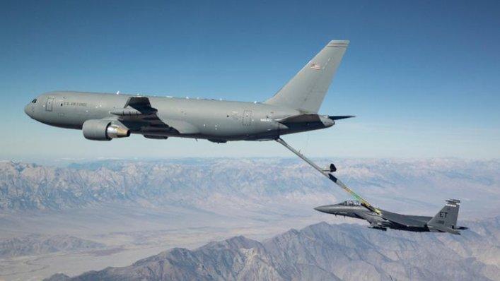 Tankowiec Boeing KC-46A zakończył pierwszy lot