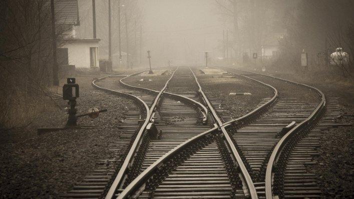 Uczniowie spędzili dzień na kolei