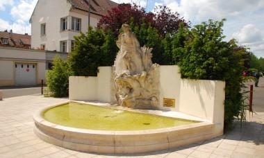 Fontanna La Naissance de Vénus w Beauvais